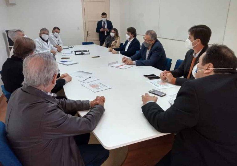 Simers se reúne com direção do Hospital São Vicente de Paulo em Passo Fundo