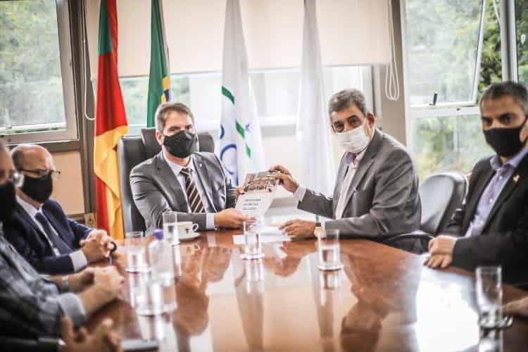 Sebastião Melo apresentou Prometa 2021-2024 em audiência pública nesta terça-feira