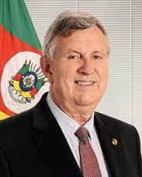 Senador Luis Carlos Heinze é o favorito para governar o RS